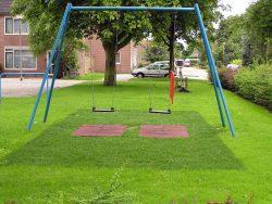 Bump Grass ermöglicht den Kindern ein sicheres Spielen auf natürlichem Gras.